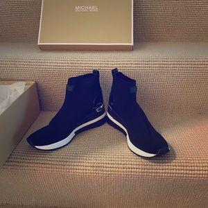Skyler Stretch knit sock sneaker